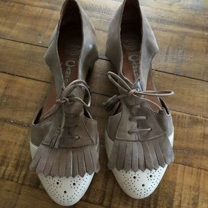 "Jeffrey Campbell ""Kelley"" cut out oxford size 9"